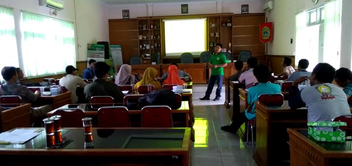 seminar madu lanceng