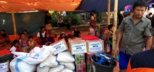 penyaluran logistik lombok